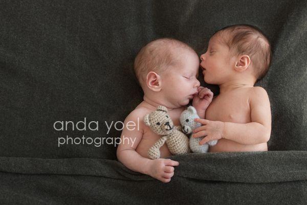 צילומי תאומים אנדה יואל